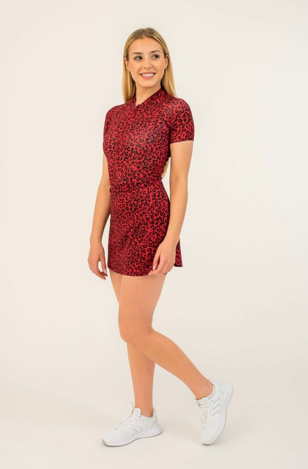Sports performance dress AGILITA - pattern in red leopard print, perfect fit, light, breathable material.